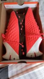 Chuteira Nike nova caixa e nota fiscal