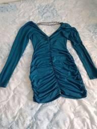 Vestido em malha com manga