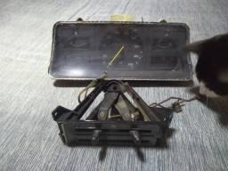 Painel de Instrumentos do GM Monza 1984 e painel de comando do Ar frio