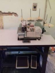 Título do anúncio: Vendo com urgência estou precisando vender essas maquinas de costura
