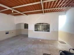 Título do anúncio: Cod 026 - Casa com 3/4, e 2 Banheiros em Itapuã
