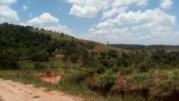Vende-se Terrenos na Fazenda Sucupira 15×40 , com água e energia