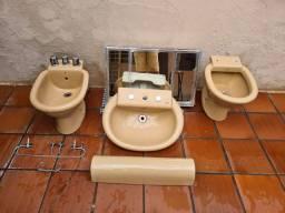 Conjunto louças banheiro - Privada, Bidê, Pia e Espelho
