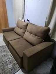 Sofá semi novo retrátil
