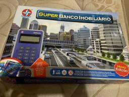 Vendo banco imobiliário modelo mais novo
