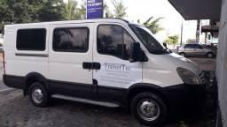 Van IVECO 35S14.