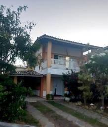 Aluga-se Excelente Casa na Praia do Flamengo em Condomínio Fechado