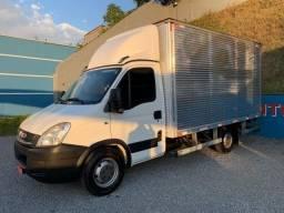 Caminhão Baú Iveco 2018 Facilito Entrada R$ 8.700,00 Parcelas A Combinar