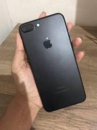 Vendo iPhone 7plus 32G (não aceito trocas)