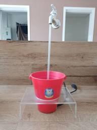 Bebedouro fonte de agua Catmypet torneira invisivel Magicat para gatos com suporte