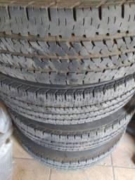Pneus com as rodas originais Bridgestone amarok