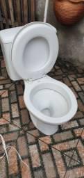 Vaso sanitário com caixa acoplada celite