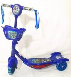 Patinete Infantil Musical Vingadores 3 Rodas Com Luzes