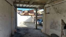 Título do anúncio: Área fechada coberta e descoberta tipo loja frente rua  Bairro da Paz