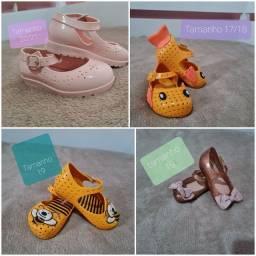 Lindos calçados infantis