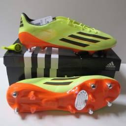 Chuteira Adidas F50