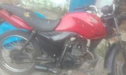 Vendo moto cg 125 de estrouro