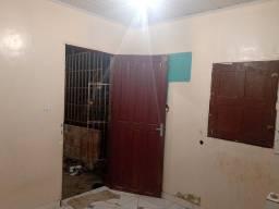 Aluguel de kitnet R$450 incluso água e Luz