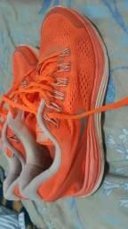 Vendo Tênis Nike lunarglide original