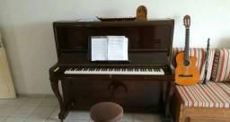 Aulas de Música, piano, teclado, violão, ukulele, baixo elétrico e canto - técnica vocal