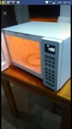 Microondas Panasonic 31 L