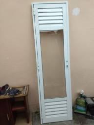 Porta de alumínio 2,10x60