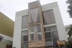 Casa em condomínio fechado Monte Verde com 4 dormitórios e 2 vagas cobertas. Condomínio Ma