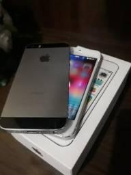 2 iPhones 5s