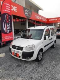 Fiat - Doblo Essence 2012 5 lugares - 2012