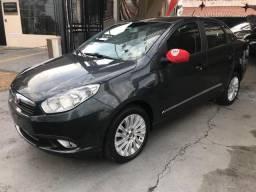 Fiat Siena Essence 1.6 2014 - 2014