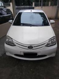 Toyota Etios X 1.5 Sedan 2014 - 2014