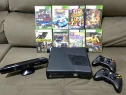 Xbox 360 Slim 250 GB HD com Kinect