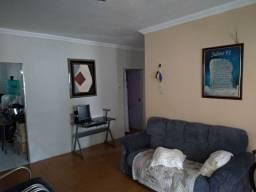 Apartamento com garagem e ponto comercial no Conjunto Esperança