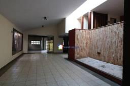 Sobrado em área de 750 m² por R$ 1.700.000 - Setor Bueno - Goiânia/GO