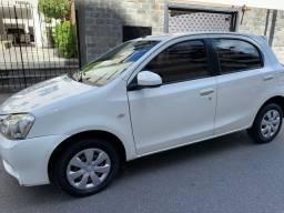 Etios hatch 1.5 2013/2014