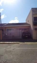 Residência em excelente localização de Olarias - A/C Veículo !!