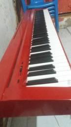 Piano digital Yamaha novinho todo perfeito