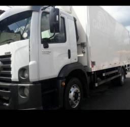 Caminhão wolks 13.190 - Câmara Fria / Baú Frigorífico - 2013