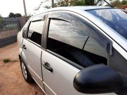 For Fiesta Sedan * Preço  Baixo modelo 2005