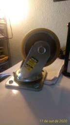 """Rodas Giratórias de 4""""de poliuretano modelo RG - 704 Fabricação Vonder"""
