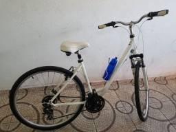 Bicicleta Schwinn Voyageur/Aro 28/Seminova/21 marchas/Kit Shimano Tourney