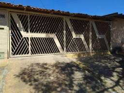 Casa 3 quartos + Quitinete, Conjunto vera cruz II Goiânia