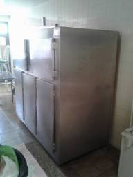 Geladeira com freezer para cozinha industrial restaurante