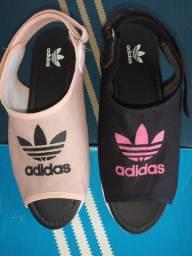 Linda sandalias adidas