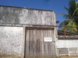 Salão, em frente a nova UPA