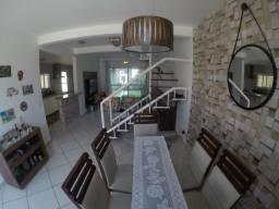 E.R= Casa em Condomínio- 3 quartos sendo 1 suíte- Morada de Laranjeiras