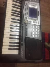 Teclado musical Yamaha psr1000 com USB pendrive