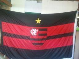 Bandeiras e colchas de cama