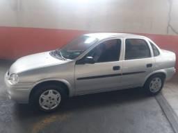 Corsa Sedan 2003/2004 1.0 Alcool