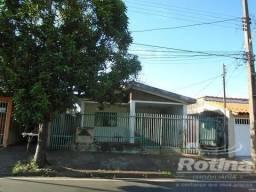 Casa à venda, 3 quartos, 2 vagas, Brasil - Uberlândia/MG